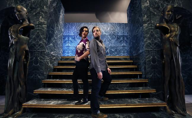 Rivales en la ópera, pareja en la vida real