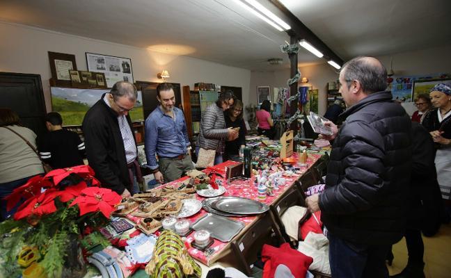 San Roque del Acebal celebra su mercadillo