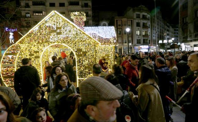 Gijón brilla por la Constitución