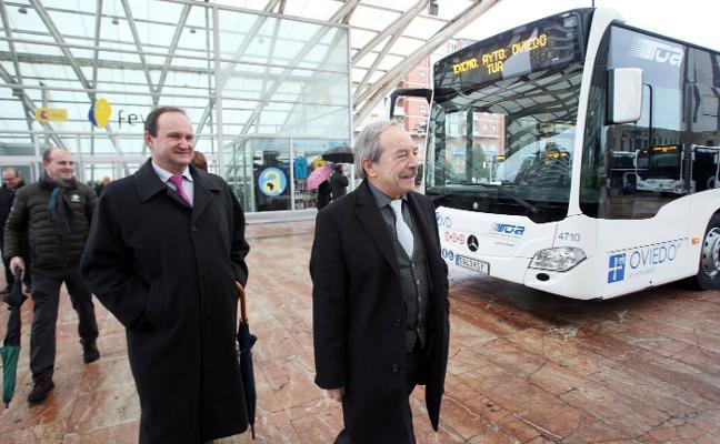 «No puedo prohibir los coches por el centro si no existe una alternativa para rodear Oviedo»