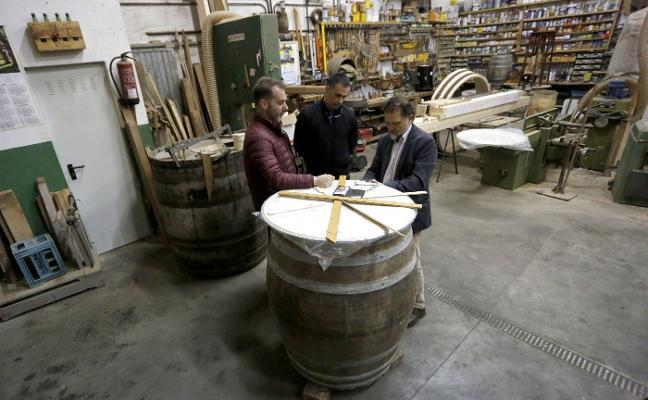 Un nuevo instrumento construido con un tonel de sidra