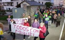 420 vecinos de La Caridad apoyan a un hombre acusado de acosar a su exmujer