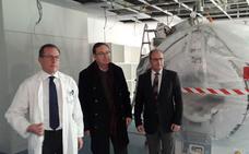 El HUCA instala su quinta resonancia magnética, donada por la Fundación Amancio Ortega