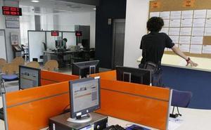 Noviembre se cierra con el menor número de desempleados desde 2008