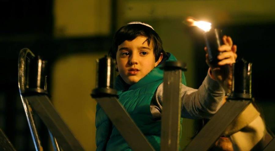 Las luces de Janucá iluminan Oviedo