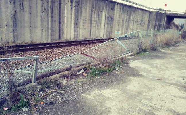 «Carreras ilegales y vandalismo» en el polígono mierense de Vega de Arriba