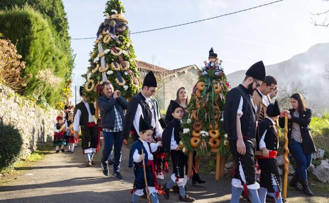 Quintana y Piñeres cierran las fiestas de Llanes