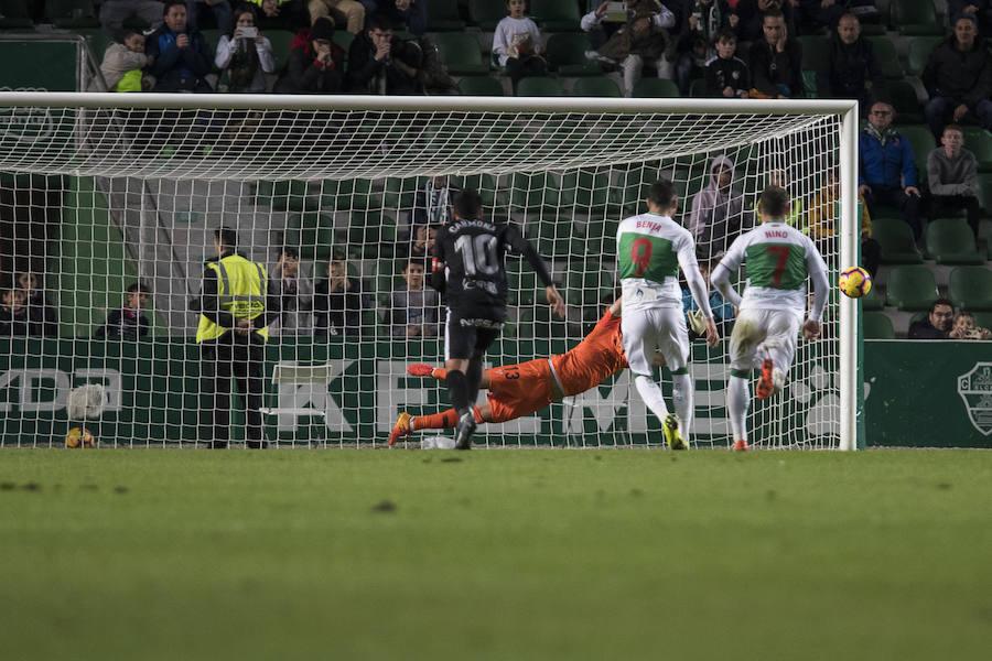 Elche 0-0 Sporting, en imágenes
