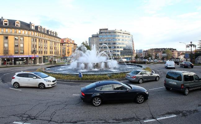 La glorieta de la Cruz Roja y la plaza de Castilla, los dos puntos con más accidentes de Oviedo