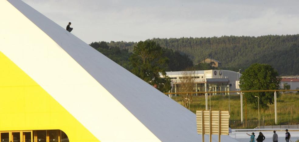Rescatado de la cubierta del auditorio del Centro Niemeyer