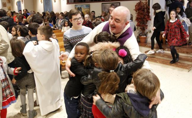 Misa de los niños en la Parroquia de Teatinos