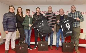 Sporting | Más de ochocientas camisetas vendidas el primer día