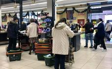 Los trabajadores de los supermercados pararán seis días en plenas navidades