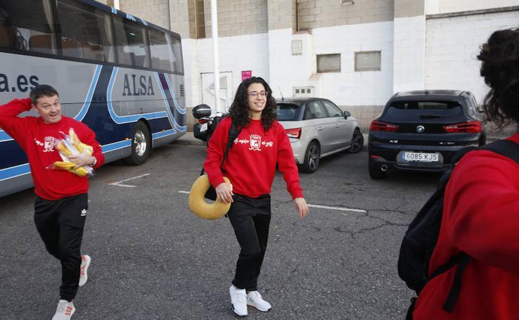 El Telecable Hockey inicia su largo viaje a Argentina