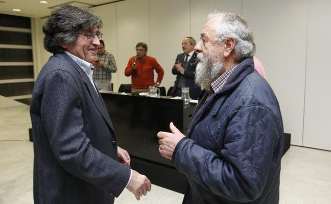 Felipe Díaz-Miranda se impone a Milio'l del Nido y presidirá la Sociedad Ovetense de Festejos