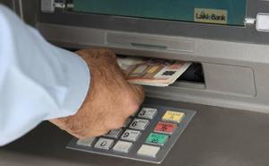 La advertencia de la Guardia Civil en caso de que el cajero no te dé dinero