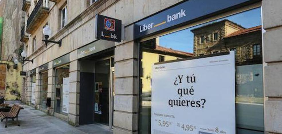 Liberbank negocia con Unicaja su fusión para convertirse en el sexto banco de España