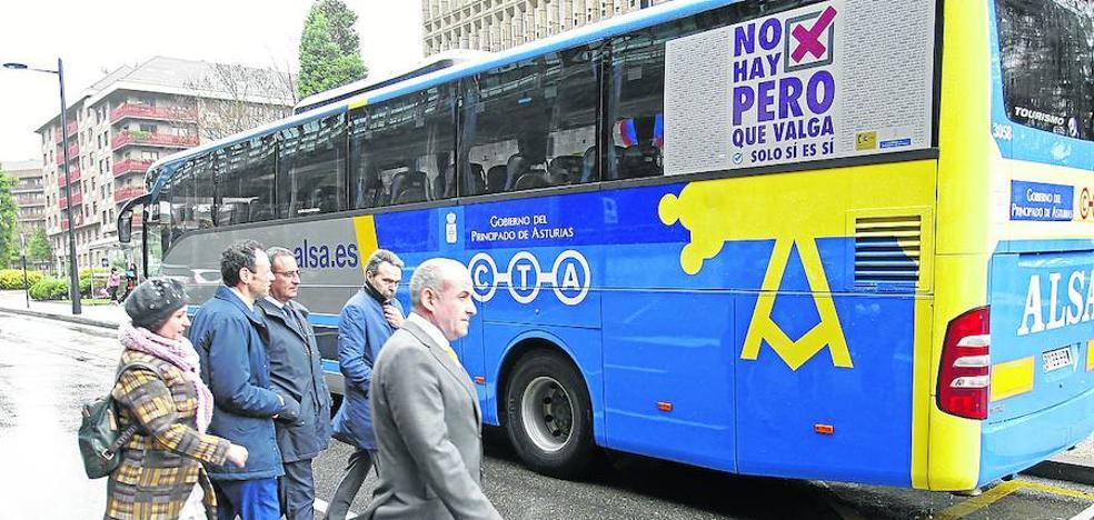 El Principado colocará en enero cámaras para evitar agresiones sexuales en los autobuses 'búho'