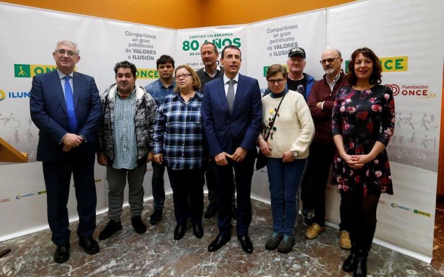 La ONCE premia a los trabajadores que cumplen 25 y 35 años en la institución