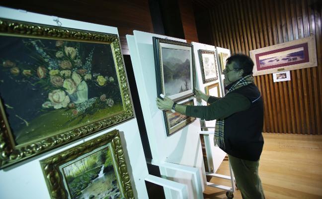 Los Humanitarios de Moreda homenajean al pintor 'Sellaño'