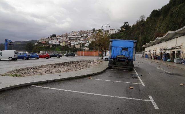 La ubicación de los aseos divide a Ayuntamiento de Colunga y puerto de Lastres