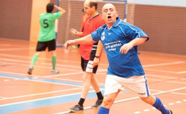 El equipo de Oviedo se lleva la Liga Interáreas de fútbol-sala de salud mental