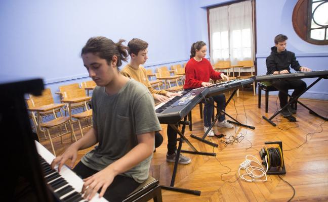 Taller de la pianista de Menéndez Aguado