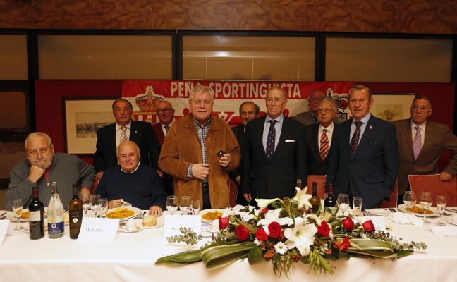 La Peña Sportinguista X2 premia a Ferrero
