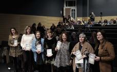 '12 playes' recoge el papel de la mujer en el movimiento vecinal