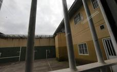 Denuncian un intento de agresión de un preso con un pincho casero a un funcionario