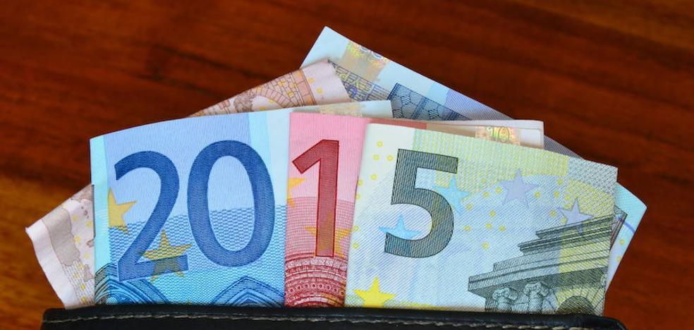 Una familia en paro pierde un sobre con 700 euros y lo recupera gracias a Facebook