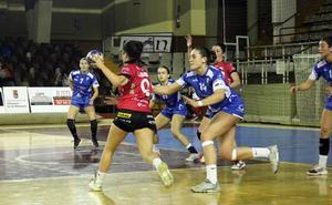 El Oviedo Balonmano Femenino vence al Rodríguez Cleba