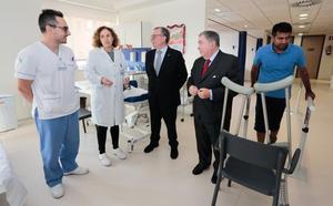 El Hospital de Jove finalizará sus obras de ampliación tres meses antes de lo previsto