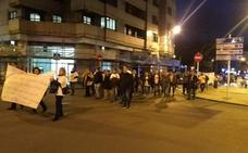 «No vamos a cesar en las protestas», advierten los afectados por el cierre de iDental