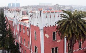 El PSOE e IU responden a Somos que no compare La Coruña con La Vega