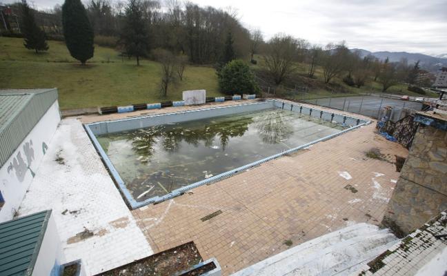 Pénjamo necesita dos millones de euros para recuperar sus piscinas