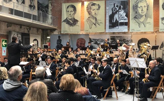La Banda de Música de Candás clausura el programa 'Dando la Nota'