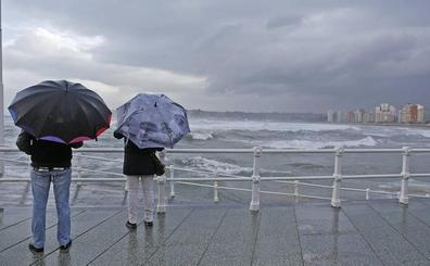 Vientos de hasta 110 kilómetros por hora ponen a Asturias en alerta
