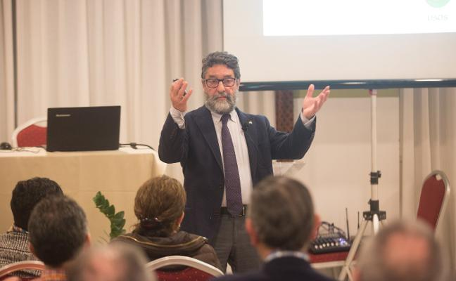 Conferencia sobre las energías alternativas