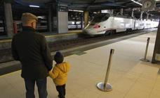 Una avería impide la salida de un Alvia desde Oviedo con destino a Alicante