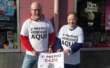 Lotería de Navidad: el tercero, 04211, pasa por Turón, Gijón y Villaviciosa