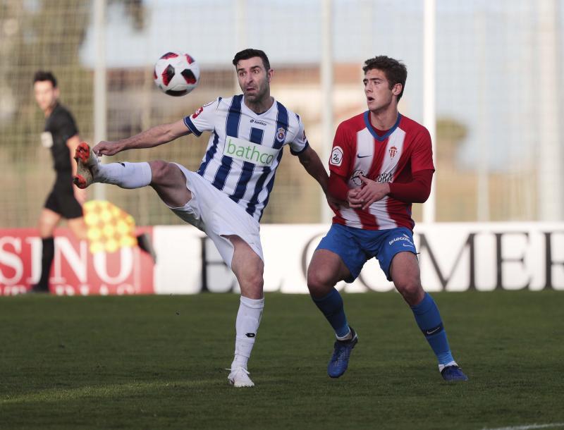 Sporting B 0 - 1 Gimnástica de Torrelavega, en imágenes