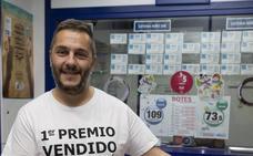 Lotería de Navidad: un gijonés se entera de que vendió el Gordo mientras entrenaba a un equipo de fútbol
