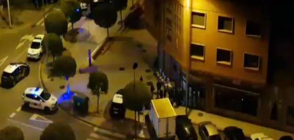 Tres vecinos de Avilés retienen a un ladrón pillado in fraganti en un bar