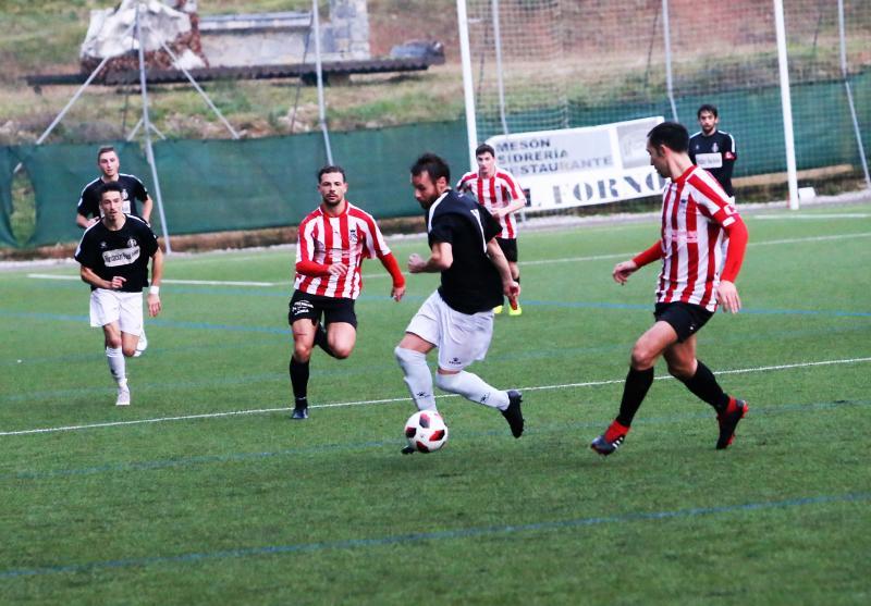 Siero 2 - 0 Real Avilés, en imágenes