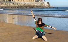 La presentadora Lara Álvarez celebra la Navidad en Gijón