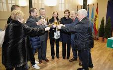 Los alcaldes asturianos brindan por un 2019 de consenso y concordia política