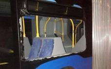 FADE califica de «kale borroka orquestada por matones» el ataque a 22 autobuses de TUA