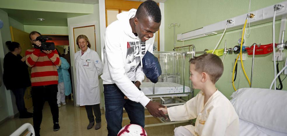 El Sporting, con los niños hospitalizados