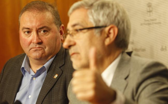 Argüelles maniobra en Madrid y Asturias para evitar una fractura en Izquierda Unida